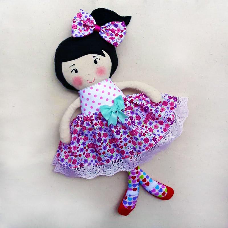 muñeca-tela-4-atuendos-galeria1-bebetito