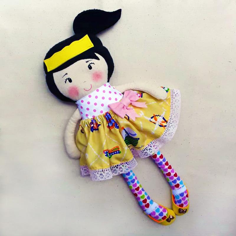 muñeca-de-tela-4-atuendos-galeria2-bebetito