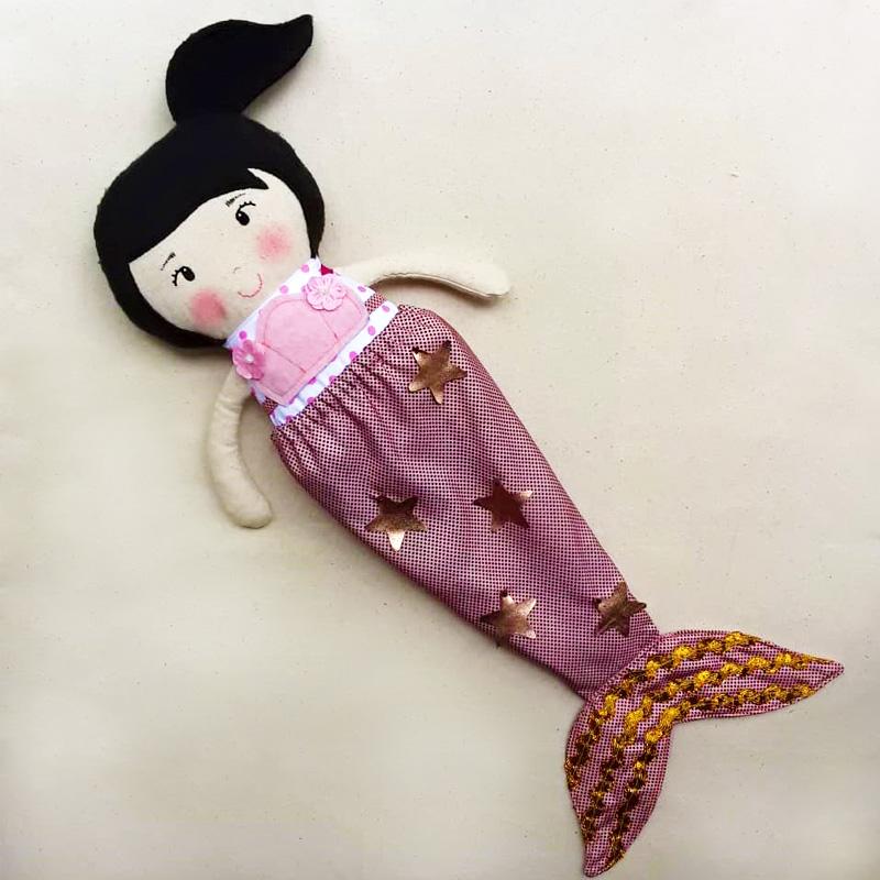 muñeca-de-tela-4-atuendos-galeria4-bebetito