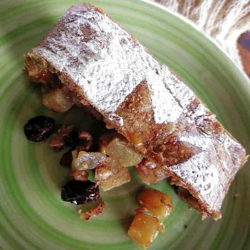 Strudel de manzana y yacón. Snacks, Desayunos Y Meriendas. La Casa del Vientoi