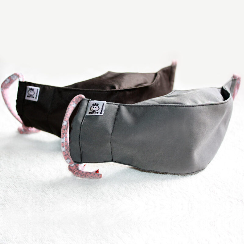 Tapaboca de tela modelo 3D. Negro y gris. Ecotienda SinSinSin. BebeTito
